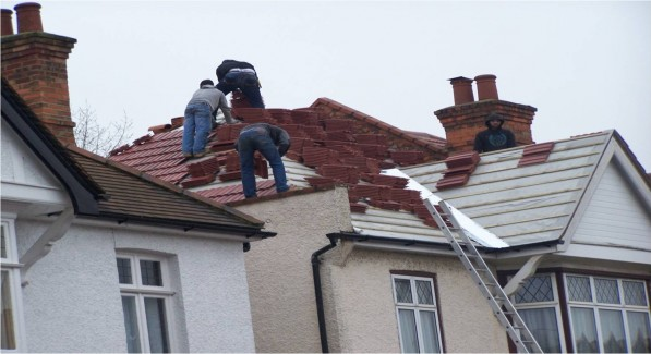 unsafe roofers
